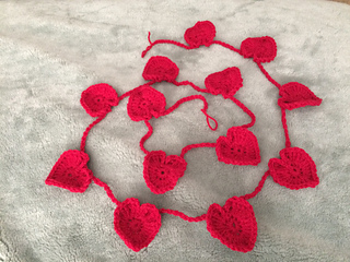 Crochet hearts applique free crochet pattern goldenlucycrafts