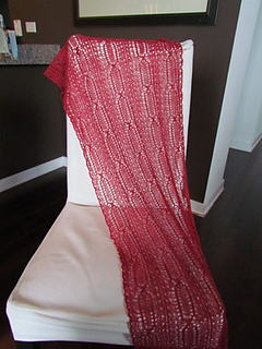 Perpetua_red_lace_04_small2