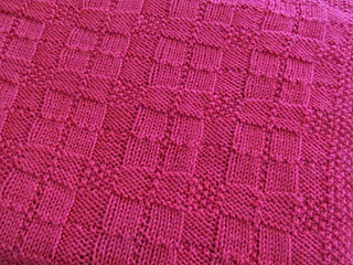 Reversible_plaid_throw_pink_small2