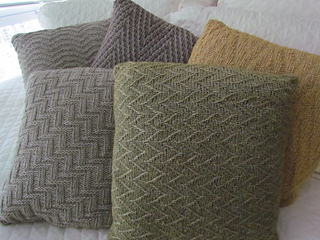 Chevron_study_pillow_collection_008_small2