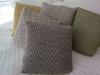 Chevron_study_pillow_collection_016_small2