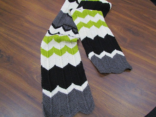 Charlie_chevron_stripe_scarf_01_small2