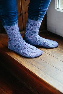 Teasel_socks_3_small_small2