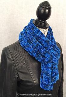 Corso_6423_scarf_side_view_w_pm_small2