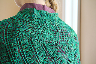 Katie_scarlett_eyelet_view_the_knitting_vortex_small2