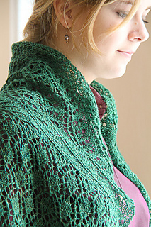 Katie_scarlett_front_closeup_the_knitting_vortex_small2