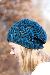Yoli_hat_the_knitting_vortex_small_best_fit