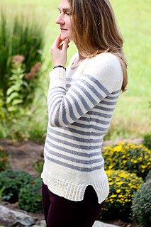 Elizabel_sweater10_the_knitting_vortex_small2