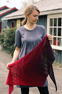 Vamping_shawl_the_knitting_vortex_small2