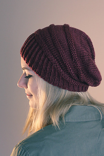 Welter_hat_side_view_the_knitting_vortex_small2