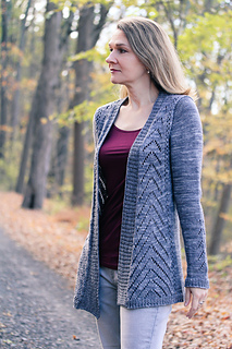 Avix_front_the_knitting_vortex_small2