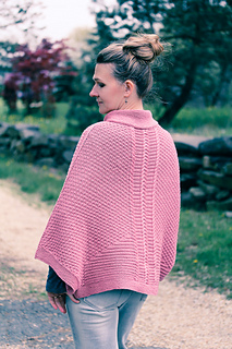Rozachakra_back_view_the_knitting_vortex_small2