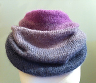 Ombre_cowl_small_best_fit