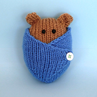 Bear_blue_square_small2