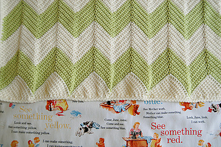Chevron_patterned_crochet_baby_blanket_7_small2