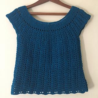 Crochet_shell_stitch_top_small2