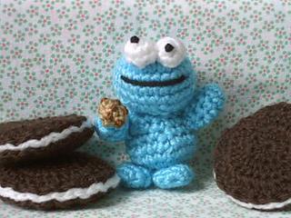 Amigurumi Monster Pattern Free Crochet : Ravelry amigurumi cookie monster pattern by nelly pailloux