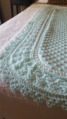 Ravelry Leaf Lace Edge With Corners Pattern By Laura Decker