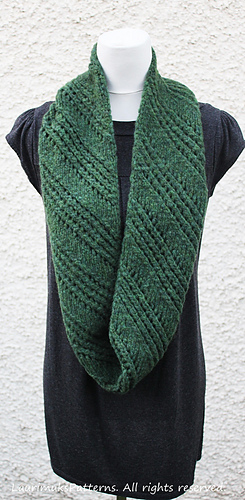 Ravelry Rowan Brushed Fleece Scarf Pattern By Laurimuks