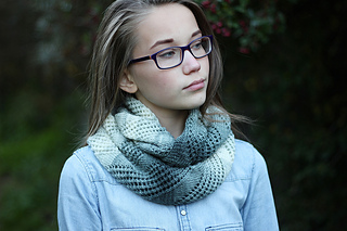 Ravelry Spirit Infinity Scarf Pattern By Laurimuks Patterns