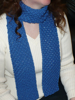 Daisy_scarf_close_up_small2