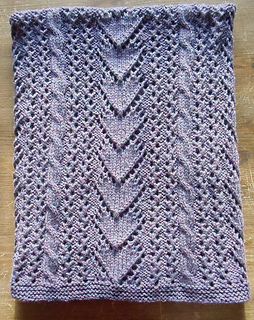 Betsi_blanket_4_medium2_small2