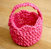 Plarn_easter_basket_small_best_fit