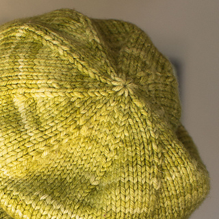d4e52cdc37e Ravelry  Beginner Slouchy Hat for Magic Loop pattern by Liat Gat