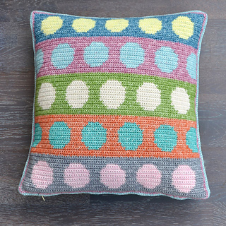 Tapestry_pillow_8a_small2