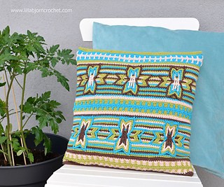 Indian_star_pillow_2_small2