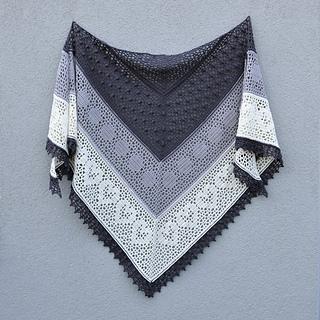 Crochet Grinda Shawl