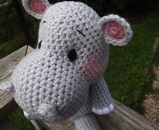 Free Amigurumi Hippo Pattern : Ravelry baby hippo amigurumi crochet pattern pattern by lisa jestes