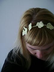 Crochetdaisyheadband_small