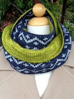 Drew_cowl_and_pink_fizz_pattern_photos_2013_009_small2