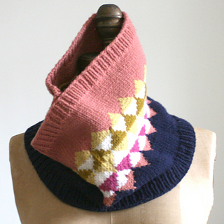 Sebasco_cowl_clay_small2