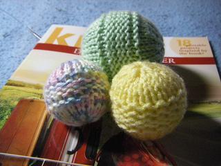 Yarn_balls_002_small2