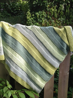 Stash_busting_cotton_baby_blanket_best_small2