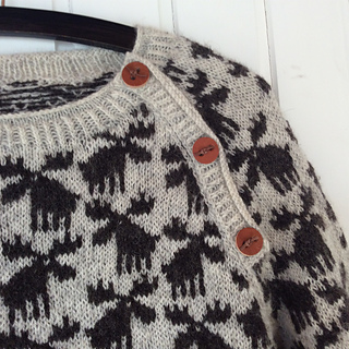 Moose Sweater pattern by Lone Kjeldsen