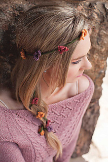 String-of-flowers-circlet_250_small2