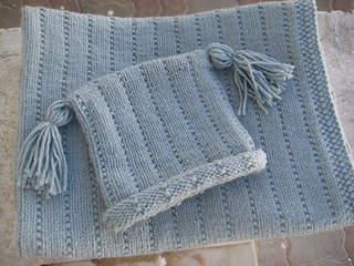 Bassil_hat_blanket_small2