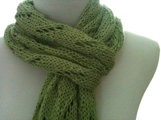 Green_scarf2_small2