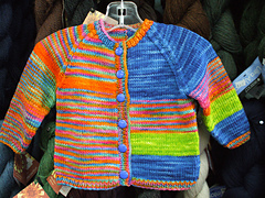 Color_baby_sweater_small