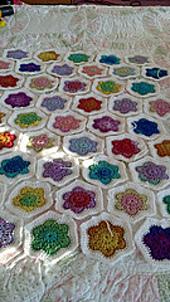 Flower_hexagons_small_best_fit