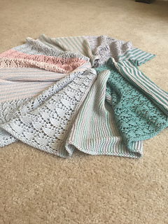 Ravelry  Little Flower pattern by Knitting For Breakfast c38f71ded6c2
