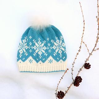 6dd715fb Ravelry: Tiddelibom lue / Snowy beanie pattern by MaBe