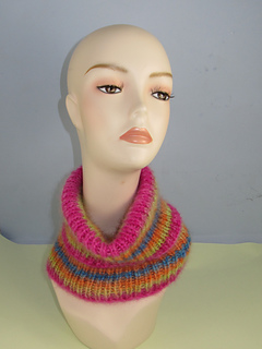 Angel_print_tutle_neck_cowl6_small2