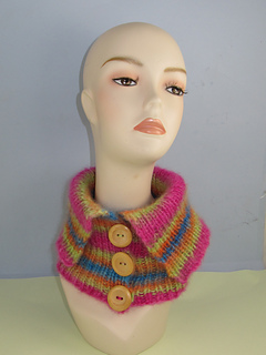 Angel_print_button_collar_cowl1_small2