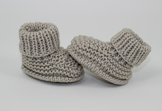 Baby_simple_booties4_small2