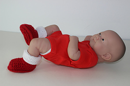 Preemie_baby_simple_christmas_booties2_small_best_fit