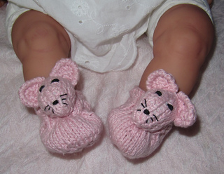 Baby_sugar_mouse_shoes1_small2